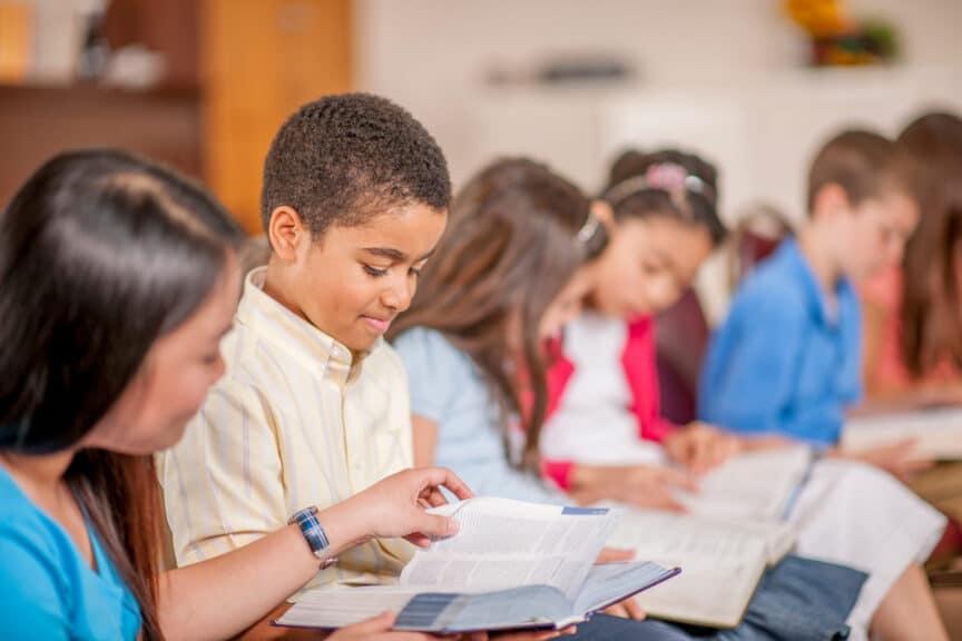 Children-Reading-Scripture-Together