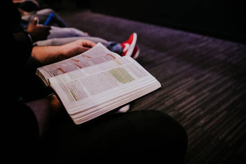 bible-open-prayer-group