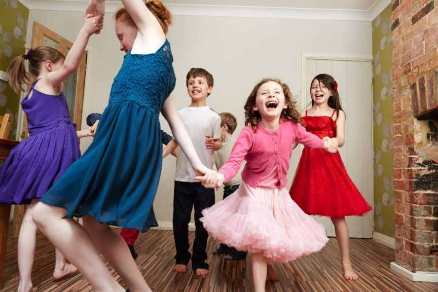 children-dancing-birthday-party
