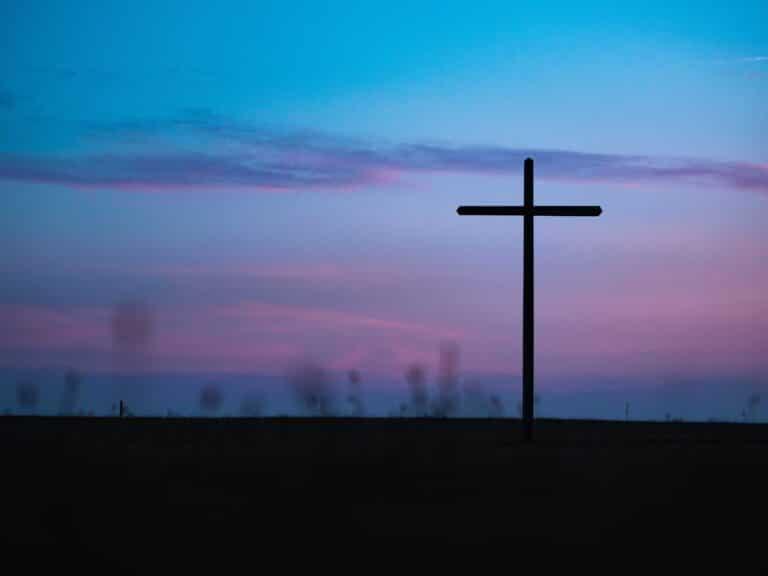 cross-blue-purple-sunset-dark