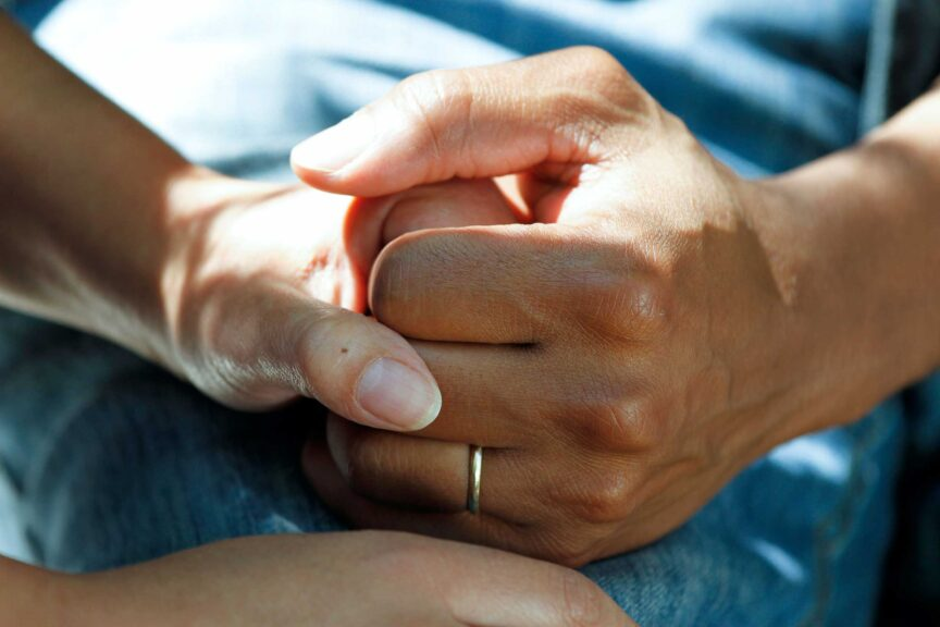 holding-hands-ring-comfort